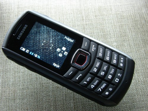 Test Samsung Solid B2710