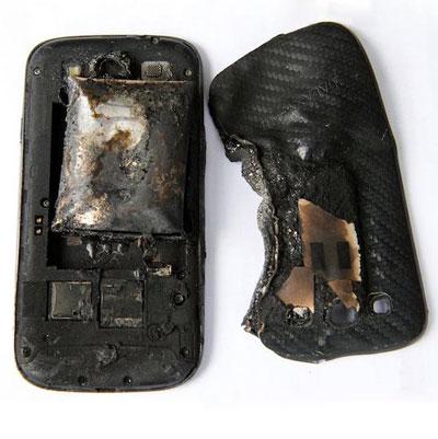Smartfon od Samsunga wybuchł w kieszeni kobiety