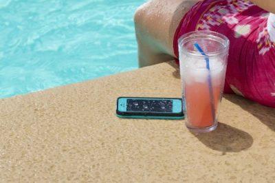 Na wakacje ze smartfonem