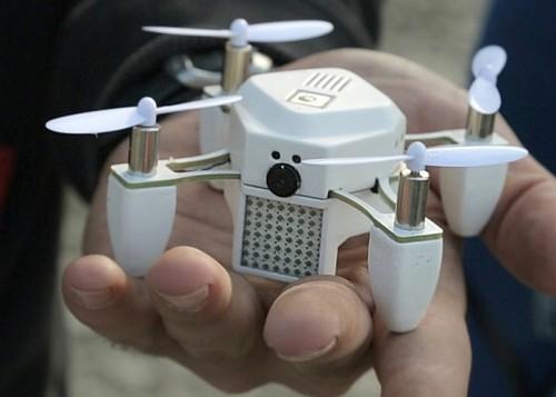 Dron Zano