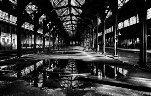 Abandoned Workshop #2, fot. Agnieszka Domańska. Wyróżnienie w kategorii DARKNESS