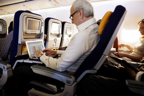 Lufthansa zaoferuje Internet