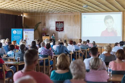Cyfrowa platforma edukacyjna Edupolis dla szkół działa w kujawsko-pomorskim