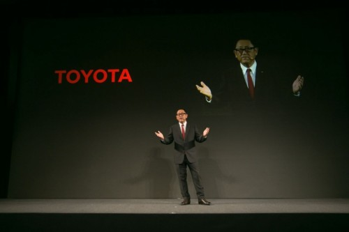 Toyota stawia na usługi mobilne