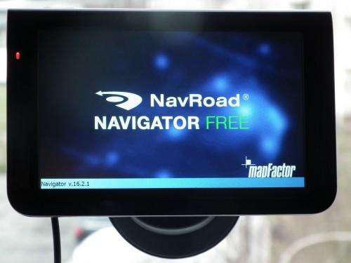 Test NavRoad X5