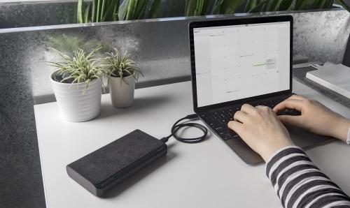 MacBook i MacBook Pro z USB-C