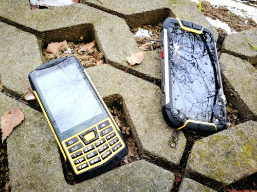 Test Rugged Phones M10