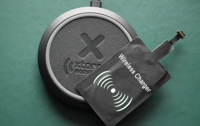 Xtorm Wireless Fast Charging Pad (QI) z adapterem Qi
