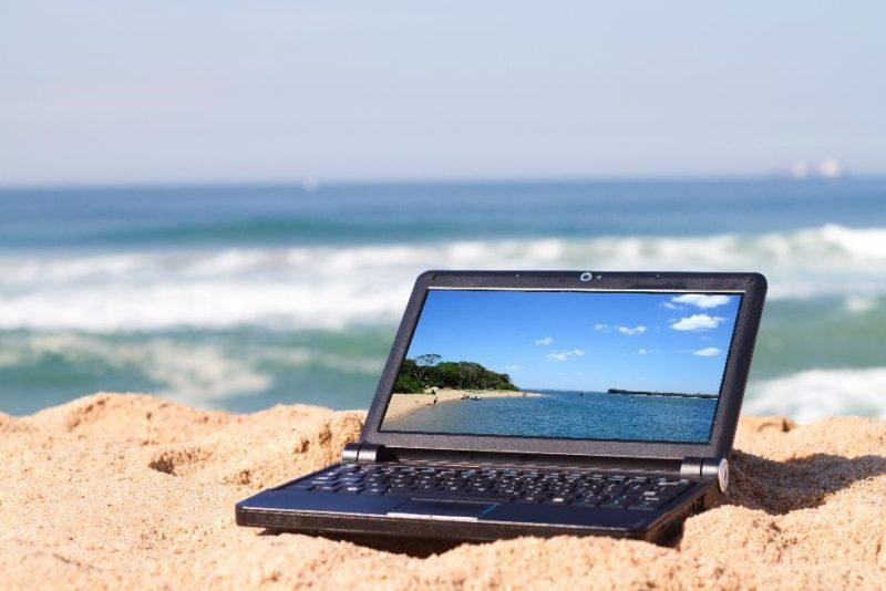 cyberbezpieczne wakacje