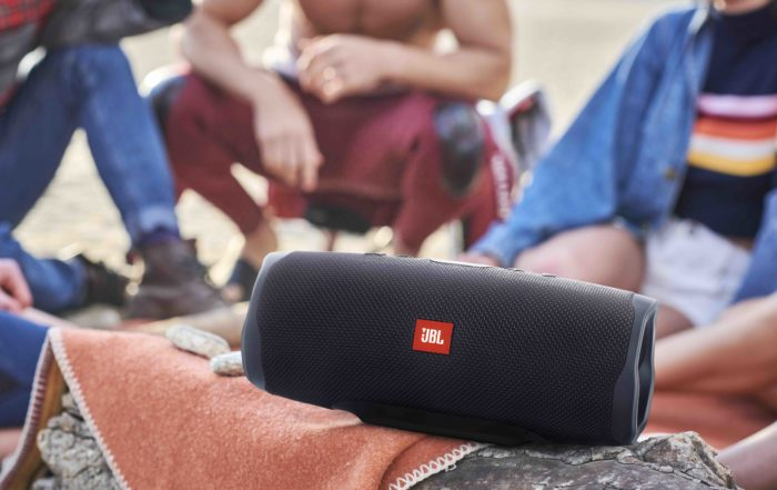 JBL Charge 4 Lifestyle Beach Midnight Black