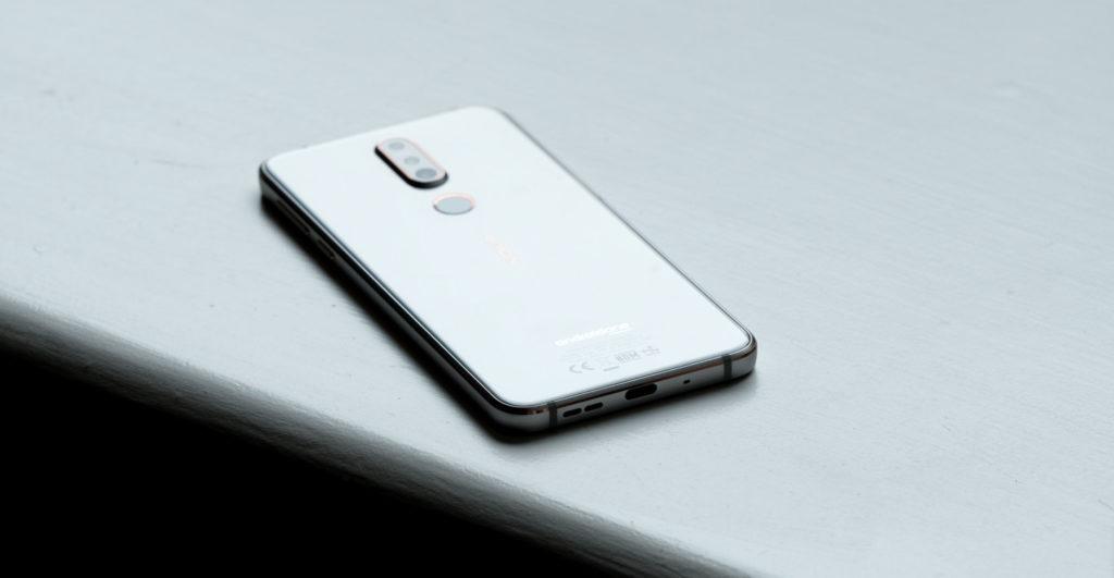 Nokia 7.1 USB Type-C 2.0 i głośnik, jack 3,5 mm