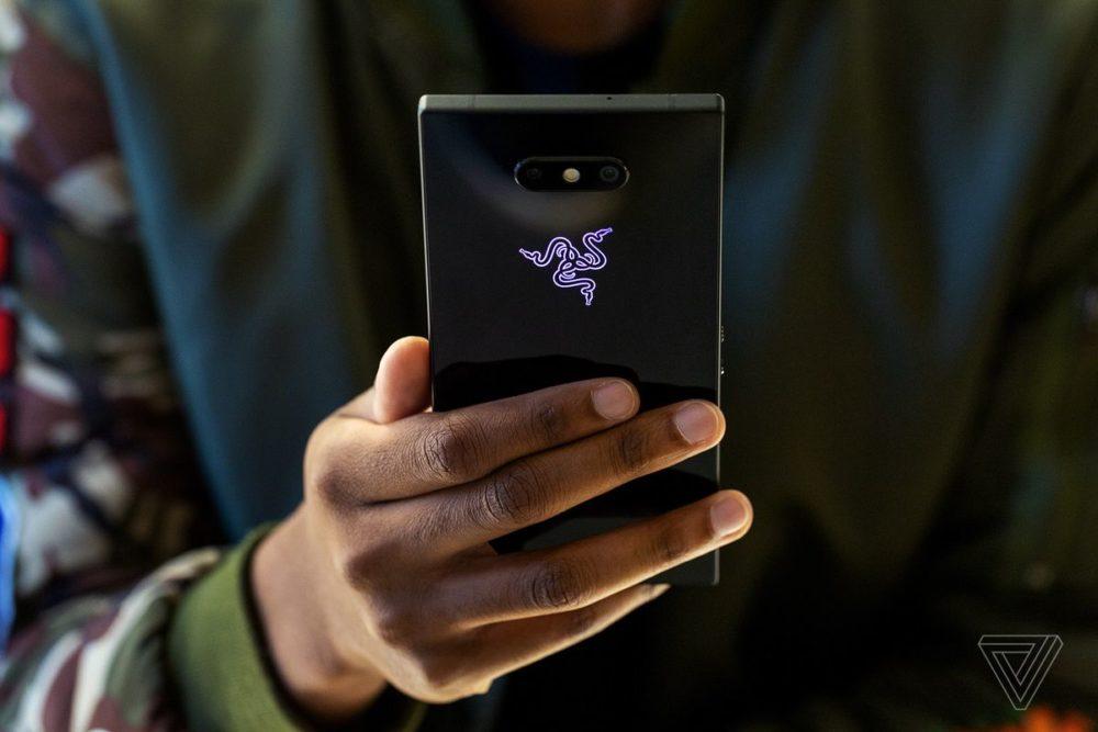 Play rozpoczyna przedsprzedaż Razer Phone 2