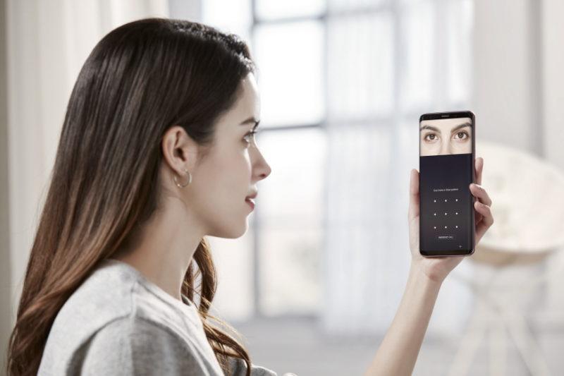 Dekalog mobilnego bezpieczeństwa – 10 reguł, które pozwolą zadbać o to, by dane na Twoim smartfonie pozostały 1