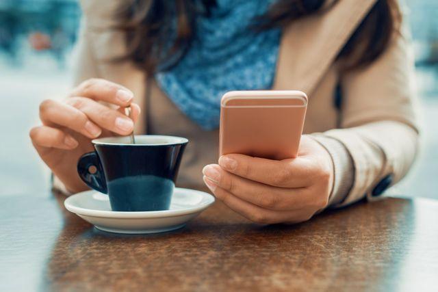Internet mobilny – 30 GB, 50GB, a może bez limitu? Jaki wybrać?
