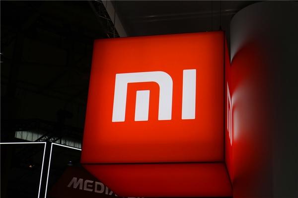 Xiaomi codziennie sprzedaje 333 333 smartfona