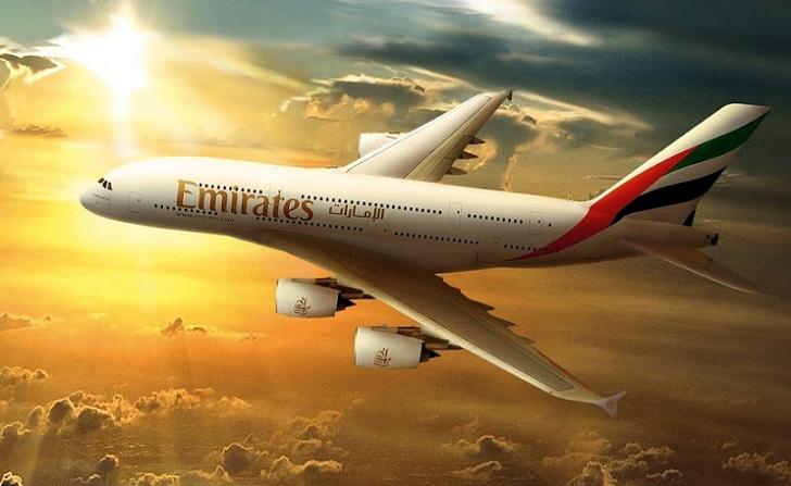 Linie Emirates opracowują innowacyjną aplikację skracającą czas postoju między lotami na lotnisku w Dubaju