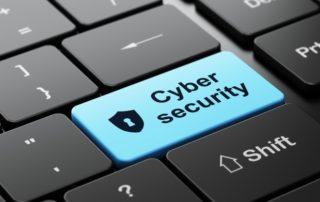 Bruksela na wojennej cyberścieżce