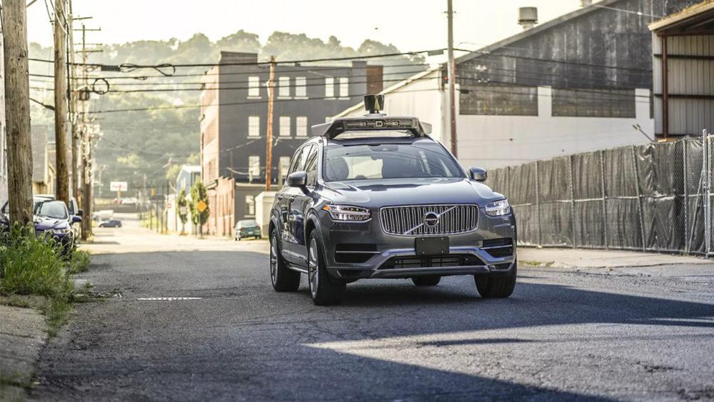 Uber wrócił na ulice po raz pierwszy po śmiertelnym wypadku