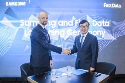 Samsung i First Data zamienią smartfon w mobilny terminal płatniczy