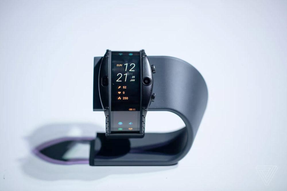 Nubia Alpha: smartfon-bransoletka za 450 euro 2