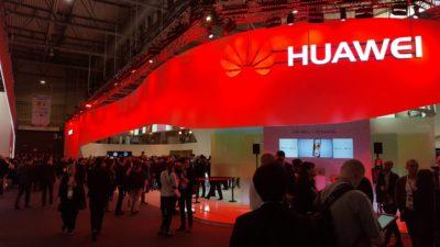Huawei na nowo definiuje streaming filmów i gier dzięki sieci 5G i składanemu smartfonowi