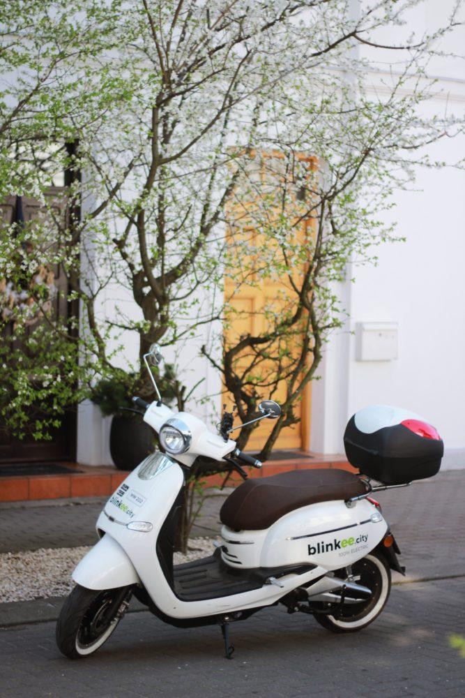 Polacy pokochali miejskie skutery – na ulicach będzie jeszcze więcej jednośladów