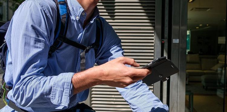 Orange naprawia smartfon za 15,99 zł/mc