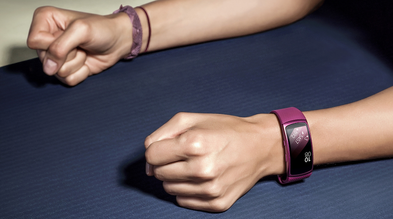 samsung is gearing up to launch galaxy fit and fit e fitness bracelets 1