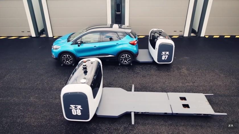 robot stan parkuje samochody