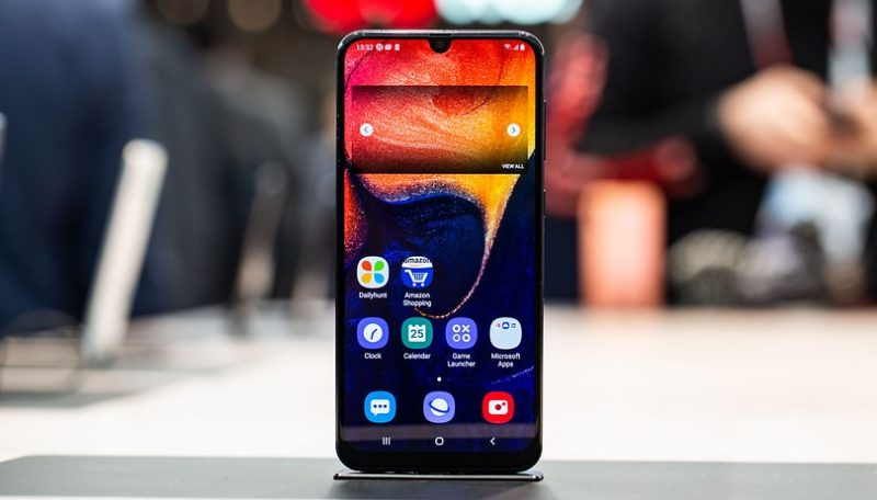 Samsung Galaxy A50 już w sprzedaży