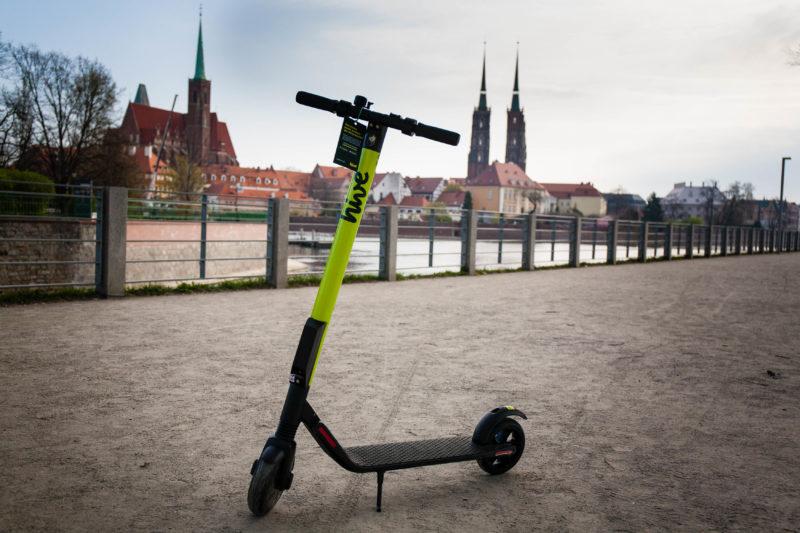 HIVE wprowadza e-hulajnogi na Wrocławskie ulice