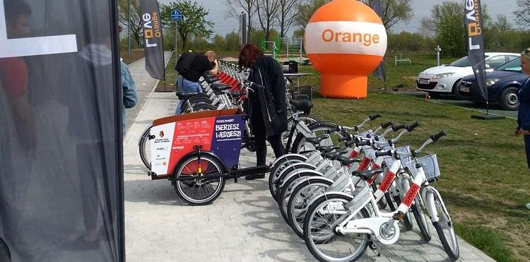 Stalowa Wola dzięki Orange i Roovee ma rowery miejskie
