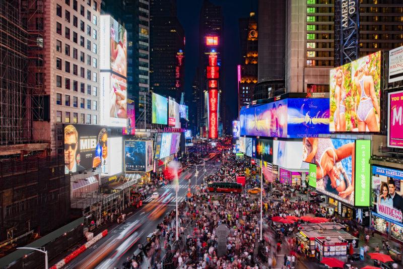 Samsung postawił na Times Square ekran o wielkości pięciu kortów tenisowych