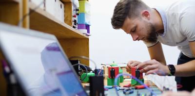 FabLab Gdańsk powered by Orange – powstało nowe miejsce edukacji i twórczości