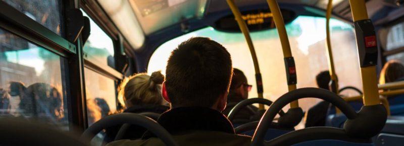 Bilety komunikacji miejskiej doliczane do rachunku? TAK. Od dzisiaj w Play