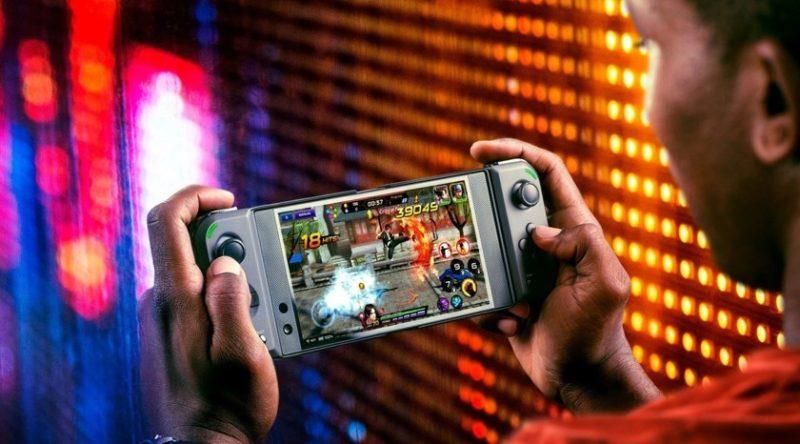 Razer zamienia dowolny smartfon w przenośną konsolę do gier