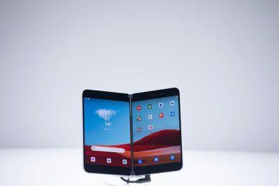 Microsoft pokazuje nowe laptopy i smartfony z podwójnym wyświetlaczem