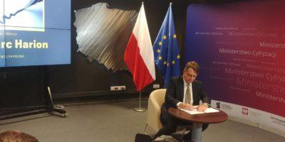 PLAY podpisał deklarację współpracy na rzecz bezpieczeństwa dzieci i młodzieży w Internecie