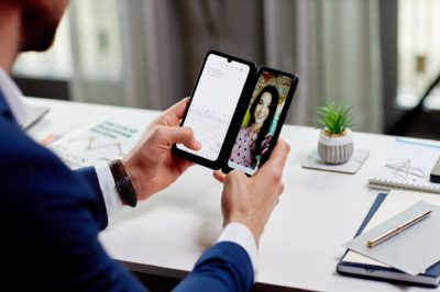 10 powodów, w których LG G8X ThinQ Dual Screen z dodatkowym ekranem sprawdzi się lepiej niż klasyczny smartfon