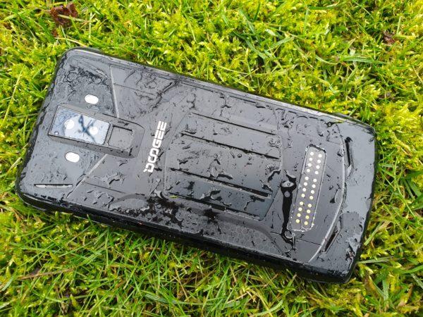 Test Doogee S90 - smartfon na każde warunki z modułami