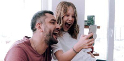 Premierowe smartfony w supercenach i 7 nowych kanałów TV w nowej ofercie Orange