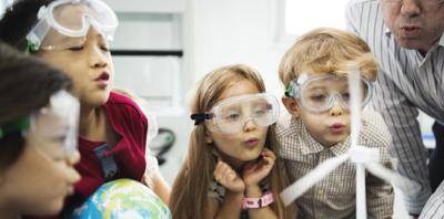 Orange Polska wspiera badanie jakości powietrza w szkołach