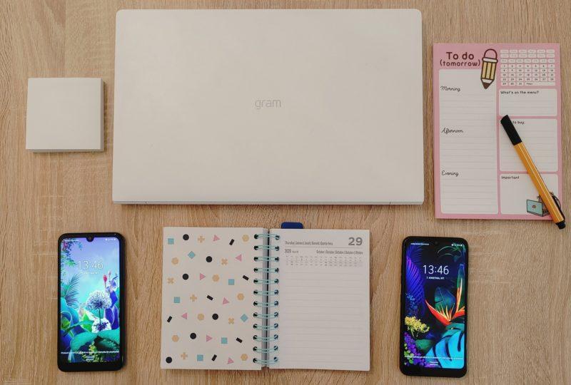 LG rozpoczyna akcję społeczną #AkademiaDzielenia i przekazuje laptopy oraz smartfony do Domów Dziecka, zachęcając branżę i społeczeństwo do wspólnej inicjatywy