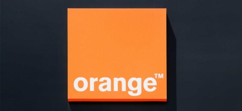 Otworzenie salonów Orange w galeriach handlowych