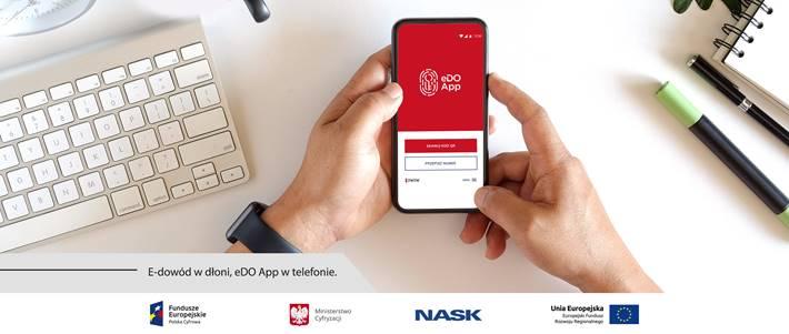 E-dowód w dłoni, eDO App w telefonie