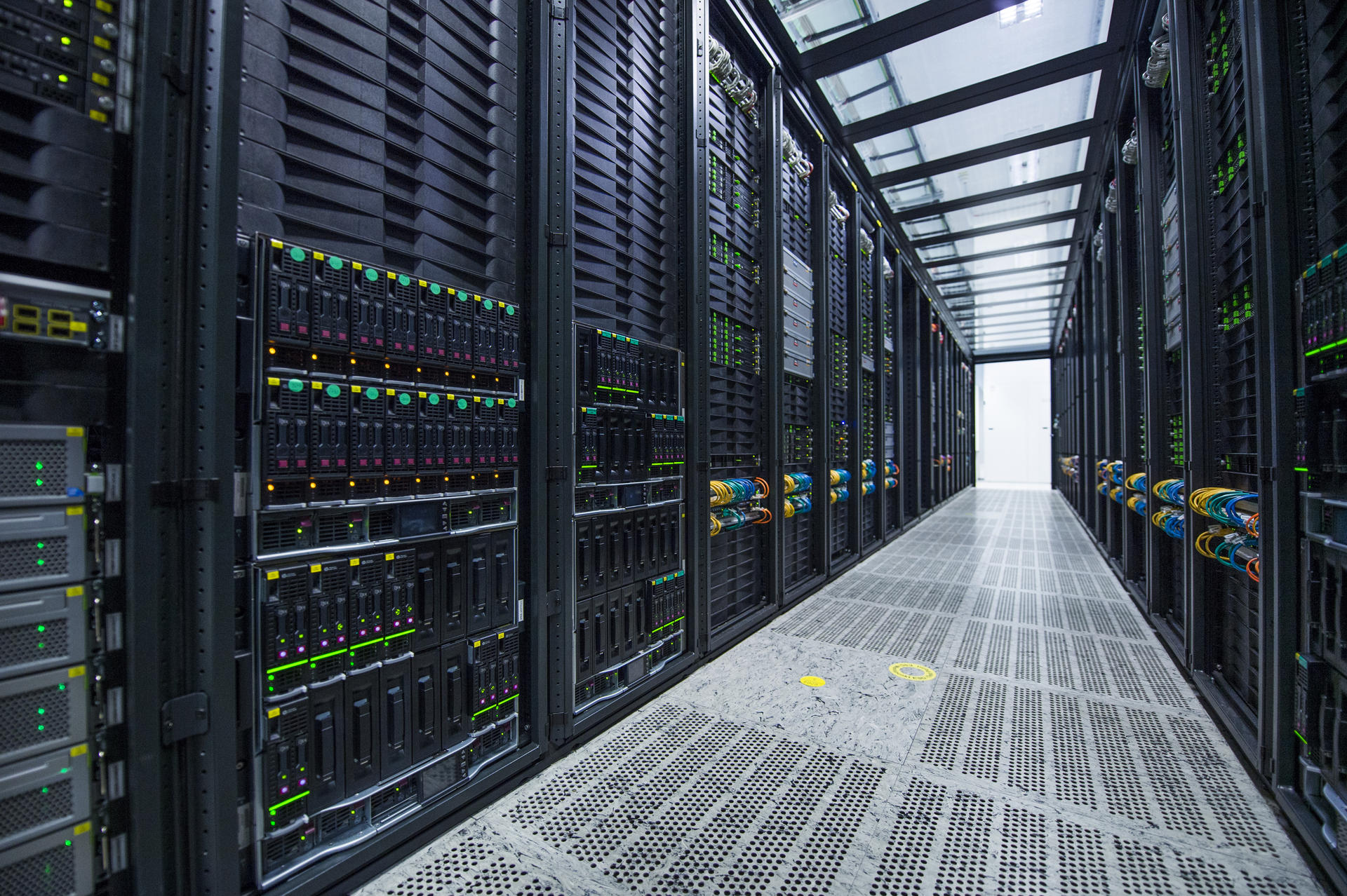 Kamień milowy w rozwoju ośrodków data center – nowy system operacyjny i narzędzia Nokii dają niespotykaną dotąd zdolność do adaptacji, automatyzacji i skalowania chmury