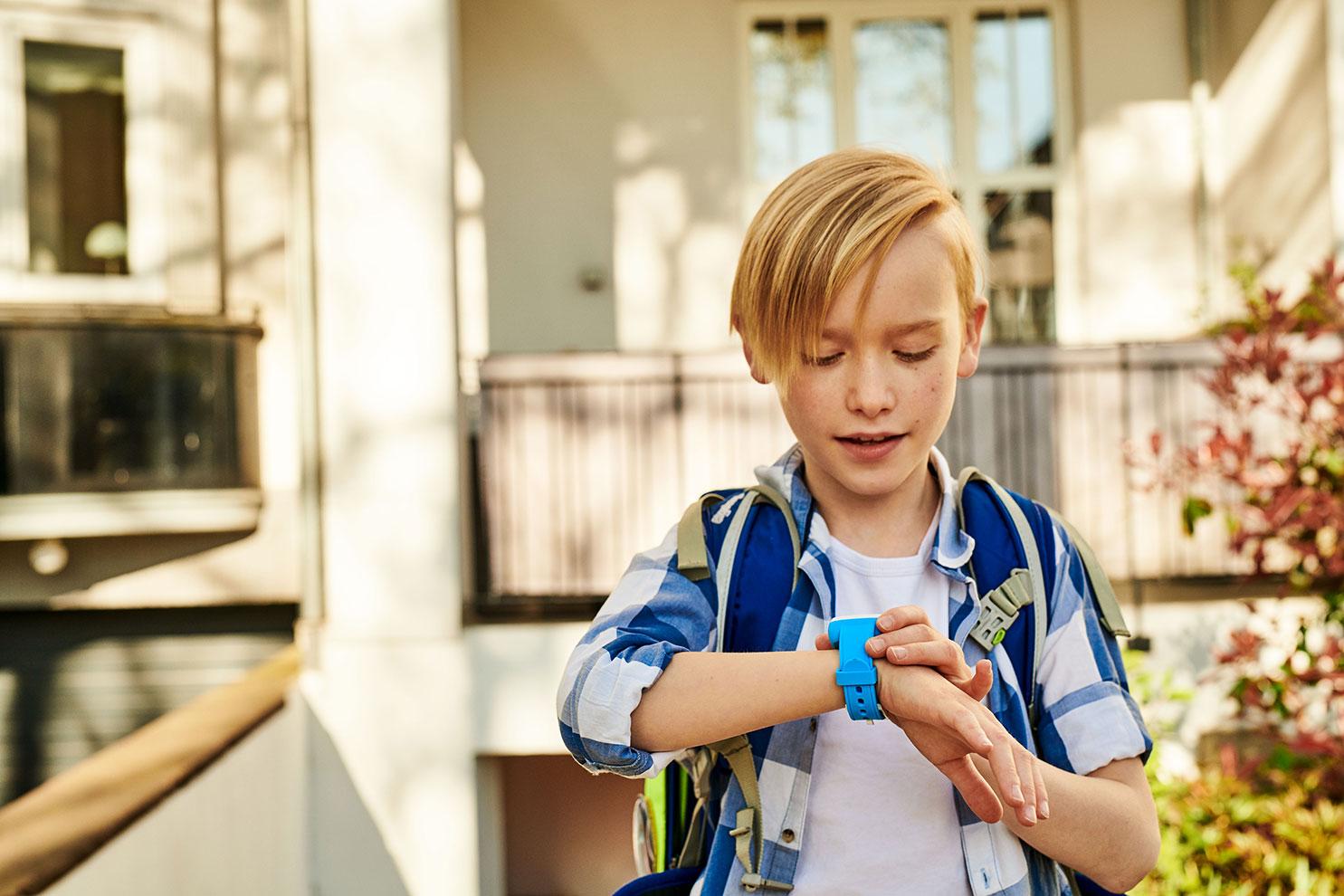Zadbaj o bezpieczeństwo dzieci podczas wakacji z usługami T-Mobile