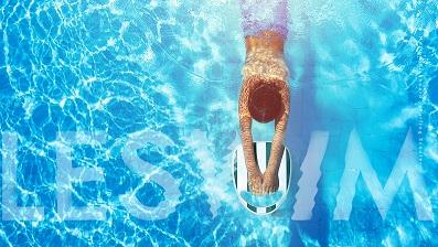 Premiera LESWIM S1 – nowoczesna wersja klasycznej deski do nauki i doskonalenia pływania z napędem elektrycznym