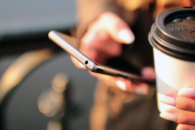 Firma analityczna Canalys przygotowała raport za drugi kwartał 2020 r. dotyczący rynku smartfonów, na poszczególnych rynkach w całej Europie, w tym w Polsce.