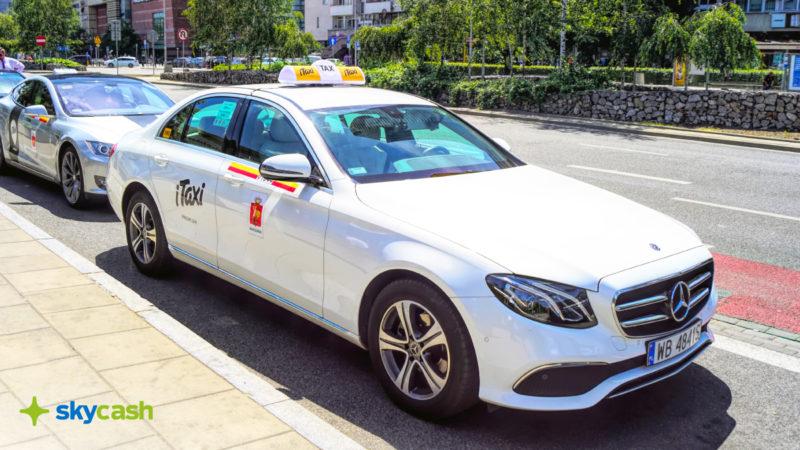 SkyCash wprowadza nową usługę dla klientów SkyCash dla Firm. Od wtorku, 18 sierpnia, użytkownicy mogą szybko i wygodnie zamówić taksówkę iTaxi prosto z panelu aplikacji, a przejazd opłacić środkami konta firmowego pracodawcy.